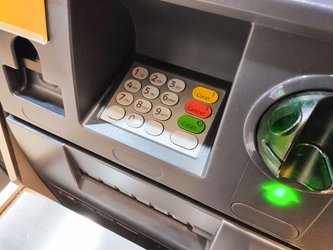 121fcu Card Skimmer Look Like at a Gas Pump or ATM?